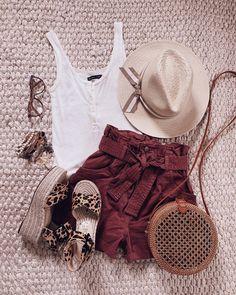 IG- @sunsetsandstilettos #casual #outfit #inspiration #summeroutfit #summer