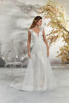 Delicate and Romantic, this Chantilly Lace Wedding Dress is Accented with Venice Lace Appliqués and a Full Tulle Skirt Overlay. A Stunning Keyhole Back Trimmed in Covered Buttons Completes the Look. Mori Lee Wedding Dress, Lace Wedding Dress, Beautiful Wedding Gowns, Bridal Wedding Dresses, Bridal Style, Designer Wedding Gowns, Marie, Chantilly Lace, Covered Buttons