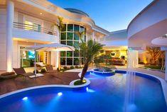 Cascatas para Piscinas Maravilhosas! Veja Dicas com o Arquiteto!
