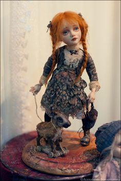 В субботу мы с kaeriya, nightwong и lusie_seraph выбрались на выставку кукол. Народу было очень много, кроме кукол много украшений еще выставлялось. Вобщем все фотографии под…