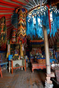Mongolian yurt by Alex Yule