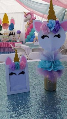 DIY Unicorn Projects- DIY Unicorn Projects- # DIY Image by jennifer post The Ultimate Guide to. Party Unicorn, Unicorn Themed Birthday Party, Unicorn Baby Shower, First Birthday Parties, Girl Birthday, Birthday Ideas, Unicorn Diy, Unicorn Games, Unicorn Crafts