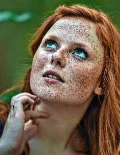 Beautiful Freckles, Beautiful Redhead, Red Hair Woman, Portrait Photography, Portrait Art, Photo Reference, World Cultures, Redheads, Halloween Face Makeup