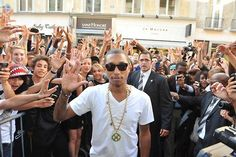 Pharrell Williams Photo Gallery : theBERRY