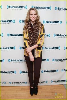 #clothes #fashion #beauty #women #Bridgit Mendler #Bridgir #Mendler #celebrity #celebrity fashion #clothes #outfit #inspiration #girl #attire
