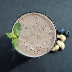 """Dreamy Cashew Butter Smoothie with Banana, Berry, Dates, and Flax 