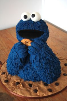 Cookie Monster Cake - This is all I want for my birthday || Cake Central