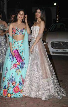 Jhanvi and Khushi Kapoor in Manish Malhotra Lehenga choli for Diwali party Indian Fashion Trends, India Fashion, Asian Fashion, Look Fashion, Indian Party Wear, Indian Wedding Outfits, Indian Outfits, Lehenga Designs, Indian Attire
