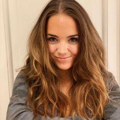 Lucie Vondráčková (@lucievondrackovaofficial) • Fotky a videá na Instagrame Long Hair Styles, Beauty, Instagram, Long Hairstyle, Long Haircuts, Long Hair Cuts, Beauty Illustration, Long Hairstyles, Long Hair Dos