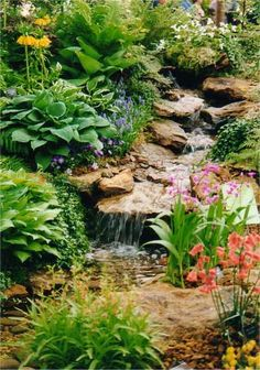 Internet Gardens: Water Features - What's New Backyard Stream, Garden Stream, Backyard Water Feature, Ponds Backyard, Water Pond, Water Garden, Garden Pond, Pond Landscaping, Landscaping With Rocks