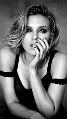 : Scarlett Johansson by Peter Lindbergh Scarlett Johansson, Cara Delevingne, Scarlett And Jo, Peter Lindbergh, Hollywood Walk Of Fame, Gal Gadot, Beautiful Actresses, Belle Photo, American Actress