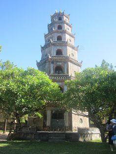 Thien Mu Pagoda, Hue, Viet Nam