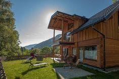 Glamping in Österreich - Campen mit Komfort   Urlaubsguru.at Glamping, Komfort, Cabin, Mansions, House Styles, Home Decor, Decoration Home, Manor Houses, Room Decor