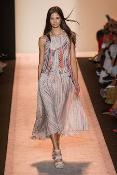 Spring 2015 Ready-to-Wear   BCBG Max Azria