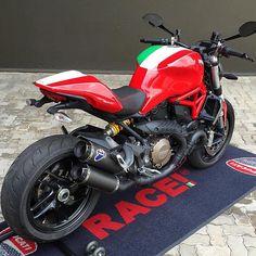 Ridezza - Elite Biker Apparel Ducati Motorcycles, Vintage Motorcycles, Custom Motorcycles, Enfield Motorcycle, Custom Motorcycle Helmets, Women Motorcycle, Ducati 821, Ducati Monster 1100 Evo, Ninja Bike