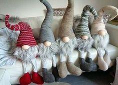 """Lovely heart tricks: Christmas decorations: """"Elves"""""""