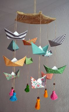 Movil barco papel origami