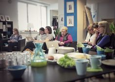 Työkulttuurinkehittäjät Siltasaaressa pohtimassa asiakaslähtöistä kehittämistä, 18.5.2015