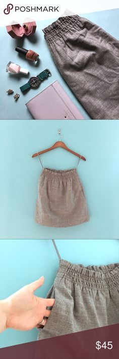 J.Crew Gray Wool Skirt with Pockets Cute and preppy he's THere's gray wool skirt wig pockets. Fully lined. Looks great with a tucked in tee, a belt, and a pair of heels! No flaws.   Don't like the price? 💸 Make me an offer with the button below! 👇🏻 J. Crew Skirts Mini