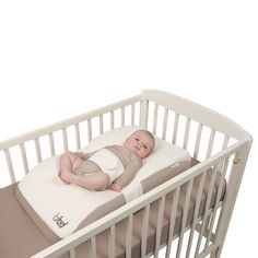 The BabyMoov Bibed offers perfect support for your baby to ensure a better night's sleep.