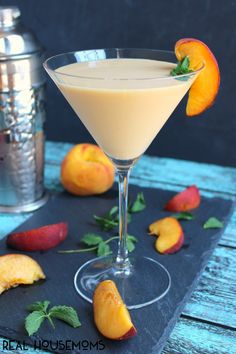 Peaches and Cream Martini, 20 Best Summer Cocktails via A Blissful nest