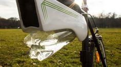 自転車用飲料水製造器 Fontus 発表、空気中の水蒸気を取り出しボトルに貯蔵