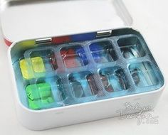 Make a travel watercolor palette from Altoid tin and gum packaging!