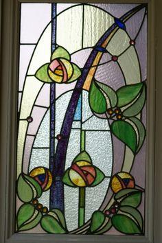 vitraux fleurs | ここには、椿やあやめのデザインのステンドグラス ...
