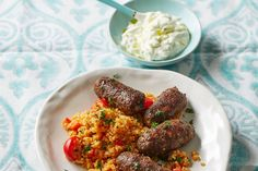 Hackröllchen mit Tomaten-Bulgur Healthy Dinner Recipes, Cooking Recipes, Maila, Time To Eat, Turkish Recipes, Food Diary, International Recipes, Couscous, Soul Food