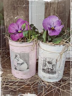 Nat says.I know it's in another language but cute idea right? Tin Can Crafts, Fun Crafts, Crafts For Kids, Recycle Cans, Diy Cans, Recycled Tin Cans, Recycled Crafts, Paper Flowers Craft, Flower Crafts