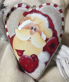 Christmas Heart by NonSoloColori on Etsy Christmas Rock, Christmas Hearts, Christmas Signs Wood, Christmas Scenes, Decorative Painting Projects, Tole Decorative Paintings, Tole Painting, Rock Crafts, Xmas Crafts