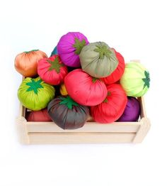 Pretend Food Textile Felt Tomatoes Set Colorful Full-Sized Montessori Toys Play Kitchen Decor For Kids Greengrocer Farmers Market
