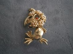 Cartoon Whimsical Parrot brooch pin Faux Pearls Polly want a cracker bird