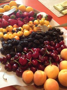 San Joaquin Valley bounty. San Joaquin Valley, California, Foods To Eat, Golden State, Farmers Market, Home