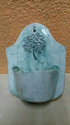 Hand Built Pottery, Slab Pottery, Ceramic Pottery, Pottery Art, Pottery Ideas, Ceramic Owl, Ceramic Clay, Pottery Lessons, Slab Ceramics