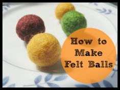Simple step-by-step instructions for how to make felt acorn. How to make a felt acorn necklace. Felt Ball Garland, Diy Garland, Garland Ideas, Garlands, Felt Diy, Felt Crafts, Fabric Crafts, Wet Felting, Needle Felting