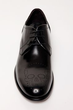 UNCONDITIONAL new black cordovan leather lace-up shoe with skull broguing detail