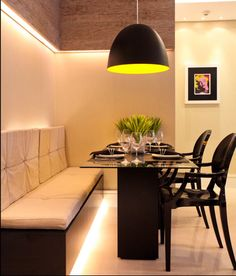 Bench for dining area Contemporary Dining Room Lighting, Contemporary Chandelier, Modern Lighting, Mid-century Interior, Interior Architecture, Interior Design, Kitchen Dinning, Dining Table, Dining Area