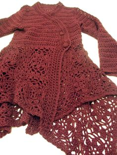ao with <3 / Fabulous Crocheted Sweater! Great step by step pics but no written directions.