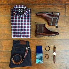 Awesome outfit by our great friend @chrismehan  Really digging the Chelsea boots and the plaid button down shirt! Really good combination of colors  #menfashion #menstyle #menwear #menswear #men #style #trend #clothing #springwear #springclothes #spring #outfit #outfits #outfitgrid #denim #colors #boots #bluepants #blogger #fashion #fashionstyle #fashionmen #dapper #amsco by votrends
