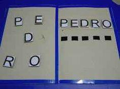Aprendiendo el nombre con el juego de las letras desordenadas