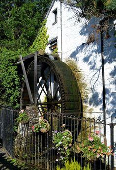 The Crumplehorn Inn, Polperro, Cornwall, England