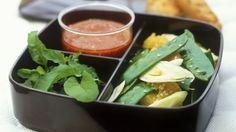 Fenchelsalat mit Zuckerschoten und Orangen und Tomatendressing mit Senf |
