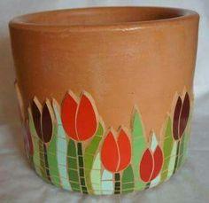 Ideas For Flowers Vase Ideas Bloemen Mosaic Planters, Mosaic Garden Art, Mosaic Vase, Mosaic Flower Pots, Pebble Mosaic, Mosaic Diy, Mosaic Crafts, Mosaic Projects, Mosaic Tiles