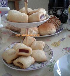Receitas Culinárias: BOLACHAS RECHEADAS COM GOIABADA (GOIABINHA)