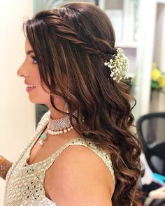 etch them to your cascading soft curls Messy Braided Hairstyles, Pony Hairstyles, Elegant Hairstyles, Loose Hairstyles, Popular Hairstyles, Short Bob Hairstyles, Bride Hairstyles, Beautiful Hairstyles, Hairstyle Ideas