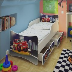 die besten 25 kinderbett auto ideen auf pinterest cars kinderbett kinderbett jungen auto und. Black Bedroom Furniture Sets. Home Design Ideas