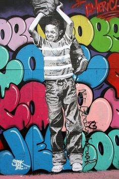 Fernando Carlo, known as is an American artist who has gained international credit for his work - throw-ups and also a wildstyle graffiti. Graffiti History, Street Art Graffiti, Modern Art, Contemporary Art, Graffiti Writing, Old School Fashion, Wildstyle, Snow Art, Boy Character