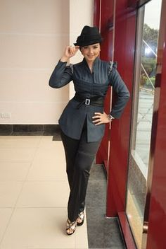 The secret beauty shape of our Queen Diva Malaysia - Datuk Siti Nurhaliza