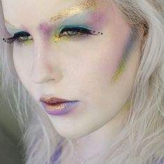 'Colorful Mermaid' Idea Gallery look by Rebeccashoresmua using Makeup Geek's Mermaid, and Wisteria eyeshadows along with Secret Admirer blush Fancy Makeup, Bright Eye Makeup, Sexy Makeup, Kiss Makeup, Gorgeous Makeup, Makeup Geek, Makeup Inspo, Makeup Inspiration, Beauty Makeup